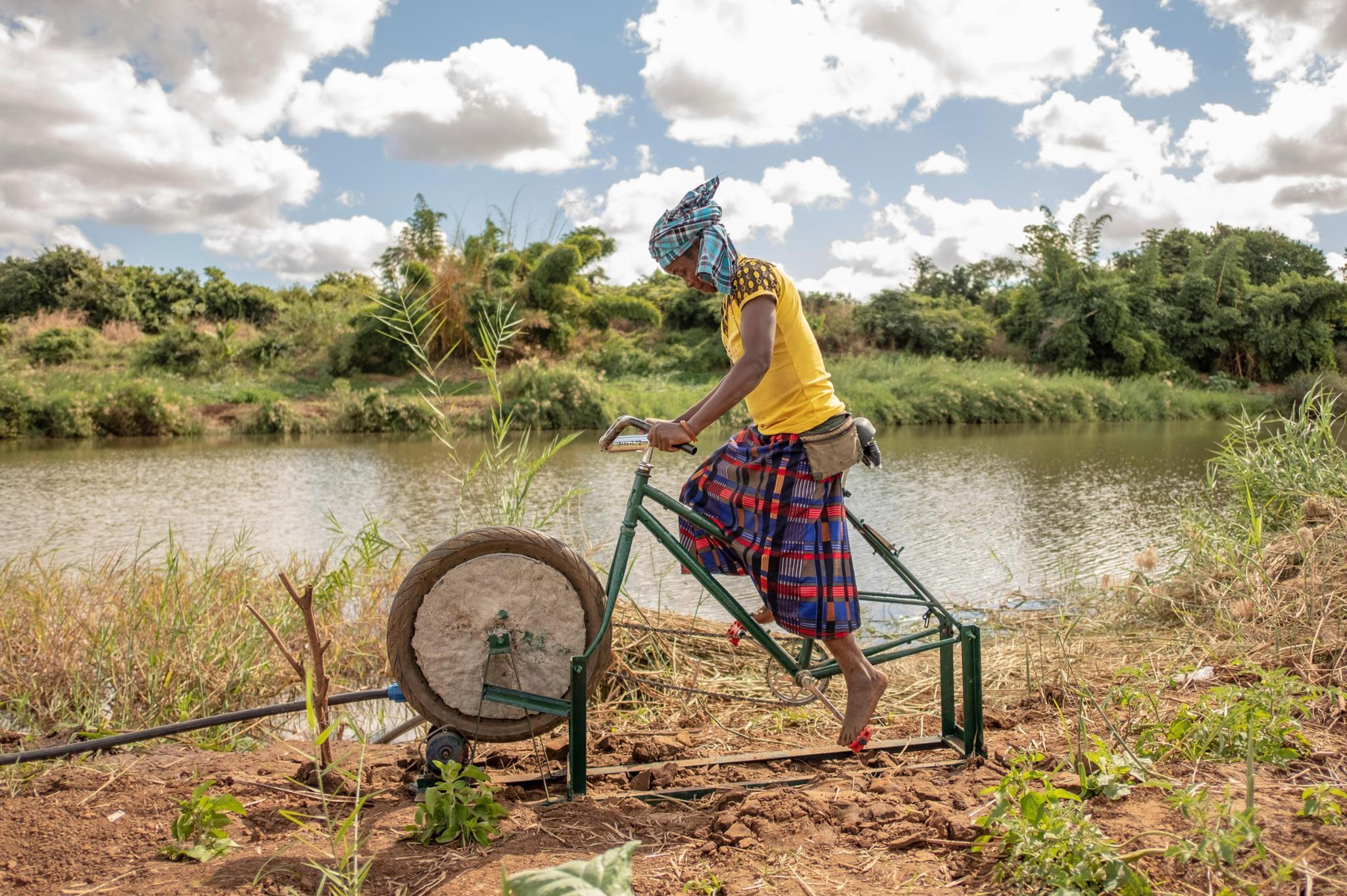 Pedalea por el Desarrollo - Bici-Bombas de Agua