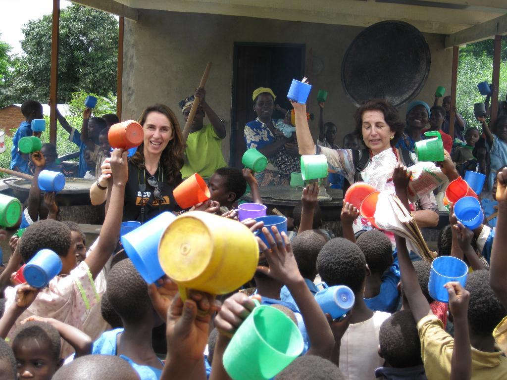 ACTIVE AFRICA:1 alumno/12 meses/8 euros