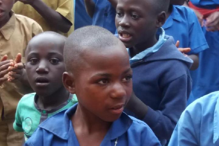 MUSEKE, Ayudamos a África