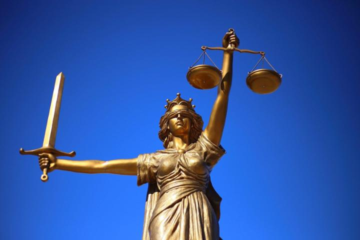 Justicia Poética
