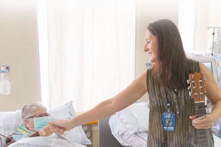 1€ al mes para celebrar microconciertos en Hospitales de España