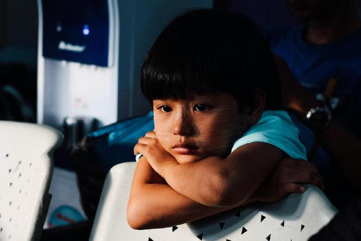 Ayuda niñ@s que han sufrido Adversidad Temprana
