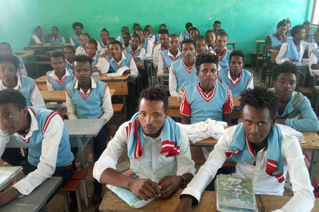 Becas de estudios de secundaria(Abay -Etiopía)