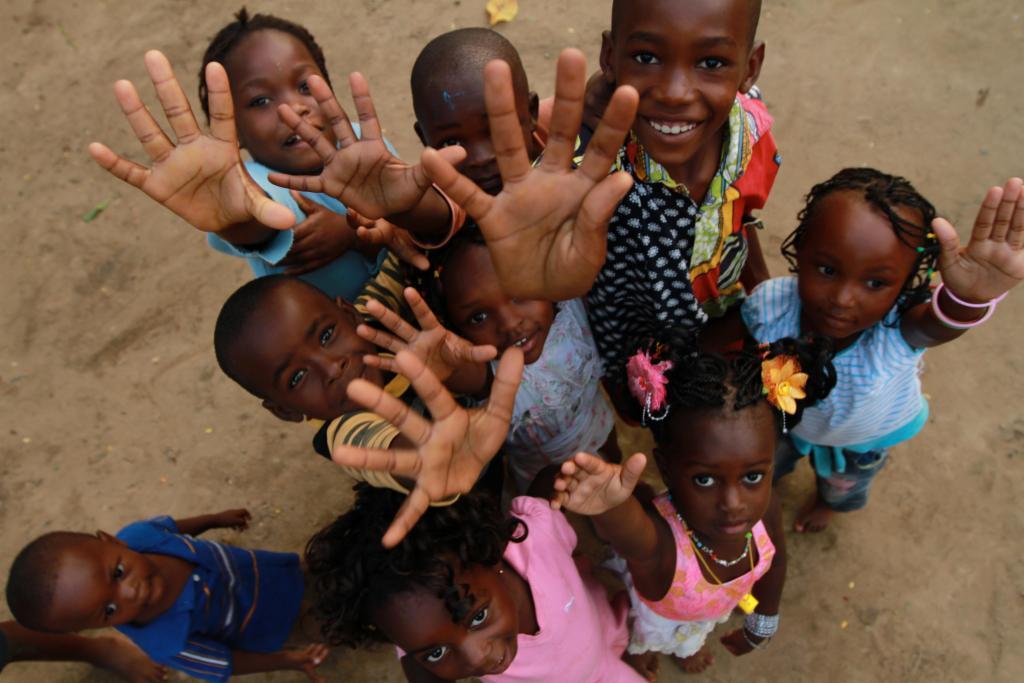 MONKOLE HOSPITAL MATERNO INFANTIL EN RD CONGO