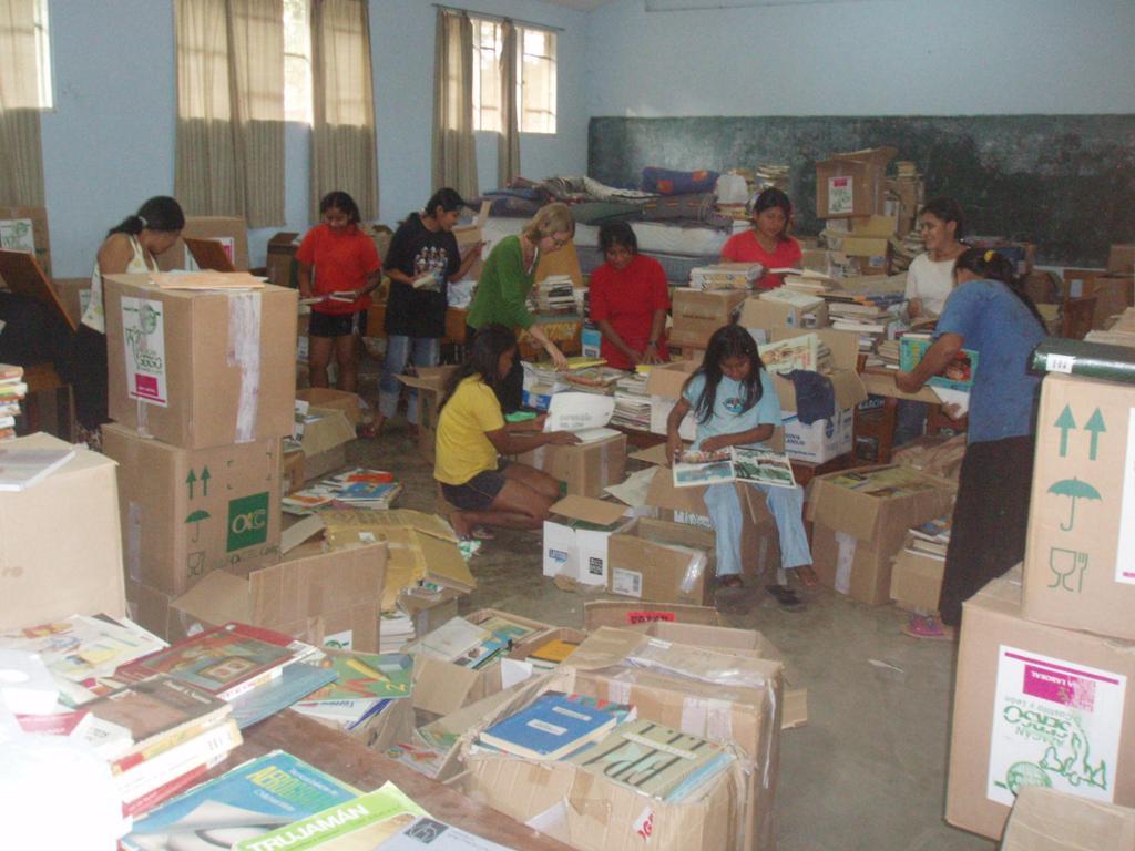 Azacán. Creación de bibliotecas sociales