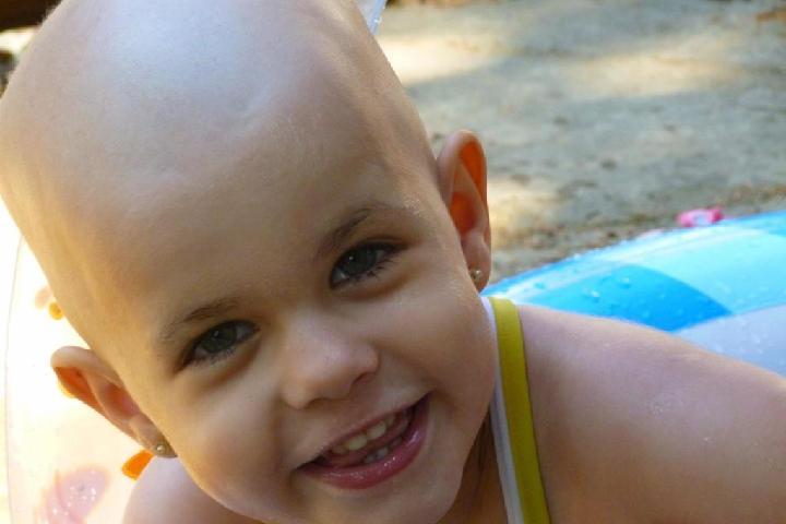 Todos con Anita y los niños con cáncer