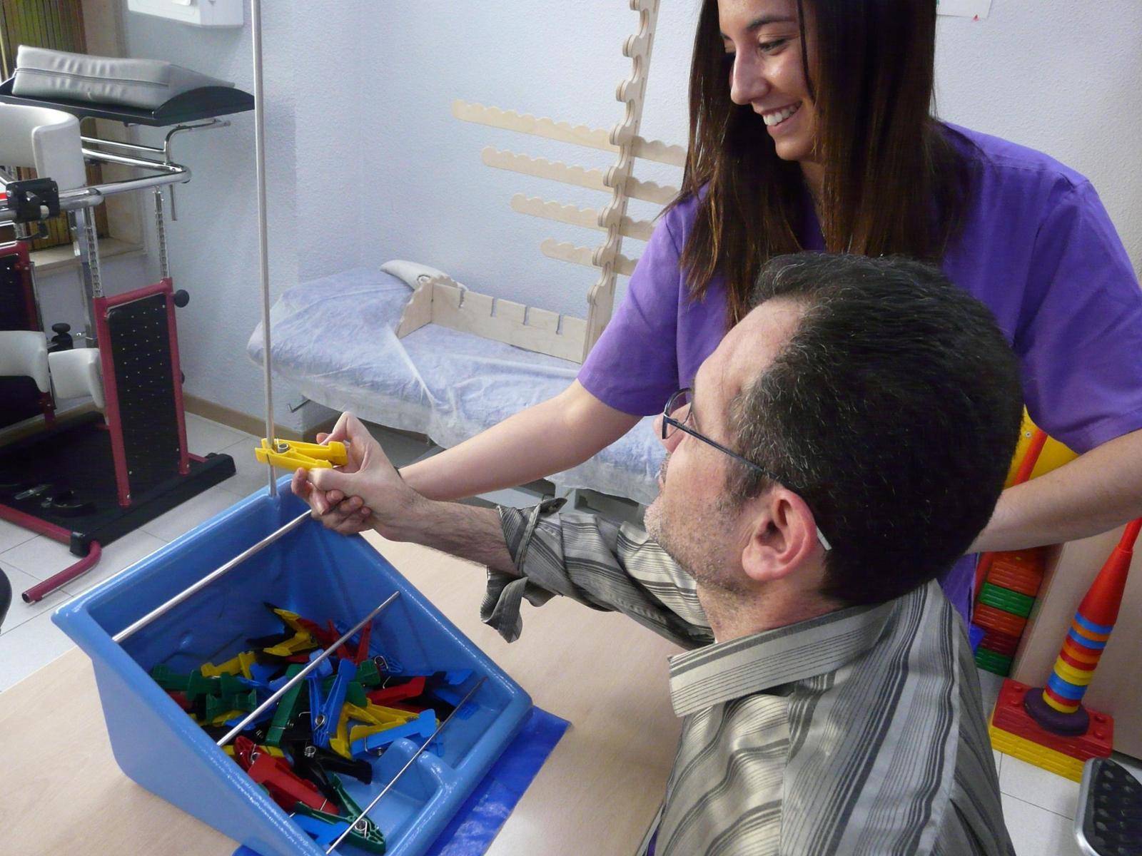 Asociación Mostoleña de Esclerosis Múltiple - AMDEM