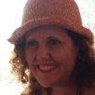 Miriam Cano Motos